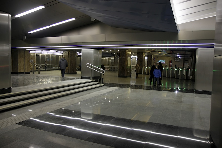 Line 8. Station 'Delovoy centr'. East vestibule. © Photo Yu.Gridchin, 2014