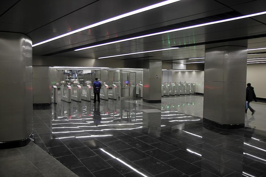 Line 8. Station 'Delovoy centr'. West vestibule. © Photo Yu.Gridchin, 2014